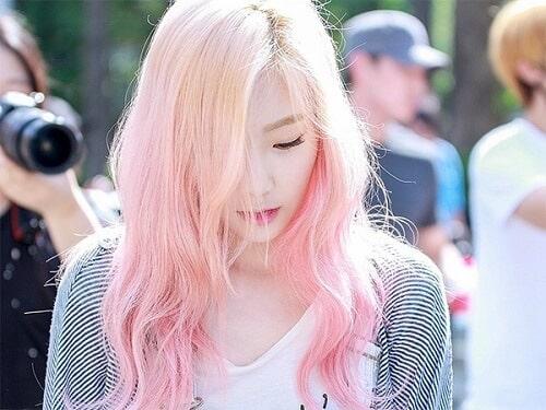 Tóc màu khói hồng nhạt