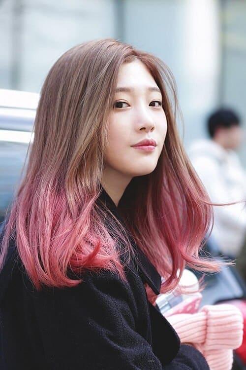 Tóc nâu đỏ highlight