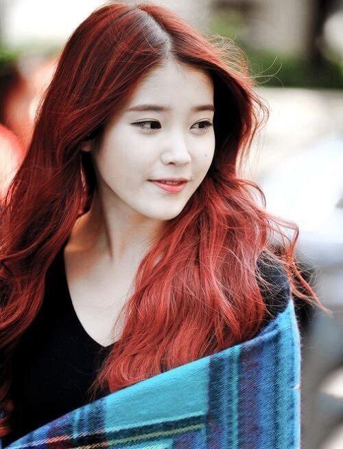 Tóc màu nâu đỏ sáng