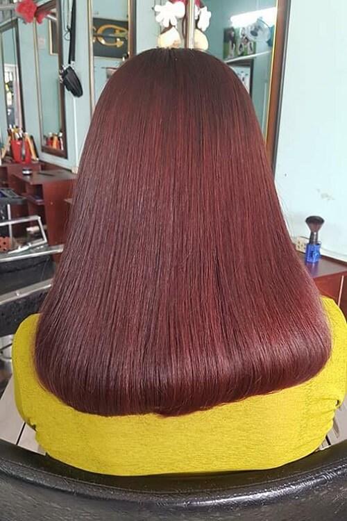 Tóc màu nâu đỏ trầm