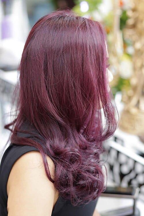 Tóc màu nâu đỏ rượu vang