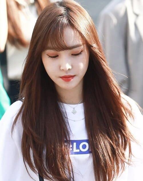 Tóc màu nâu socola ánh đồng