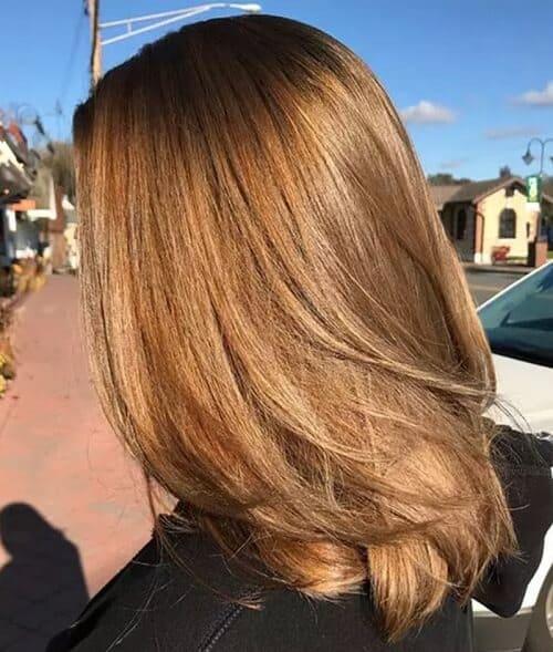 Tóc màu nâu vàng nhạt