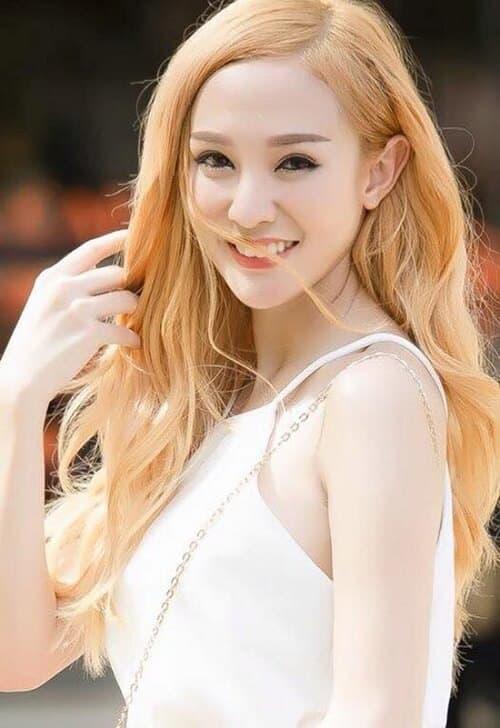 Kiểu tóc màu vàng khói 2021 - Ảnh 15