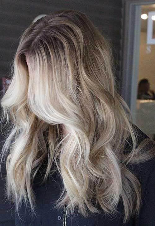 Tóc màu vàng rêu uốn lọn