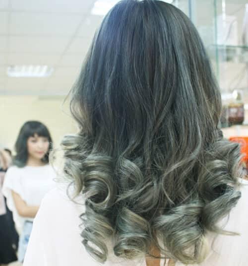 Tóc màu xanh rêu khói