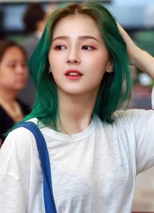 Tóc màu xanh rêu Hàn Quốc