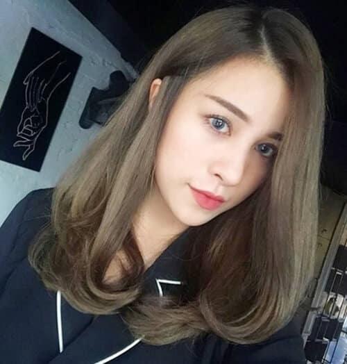 Tóc màu xanh rêu nhẹ