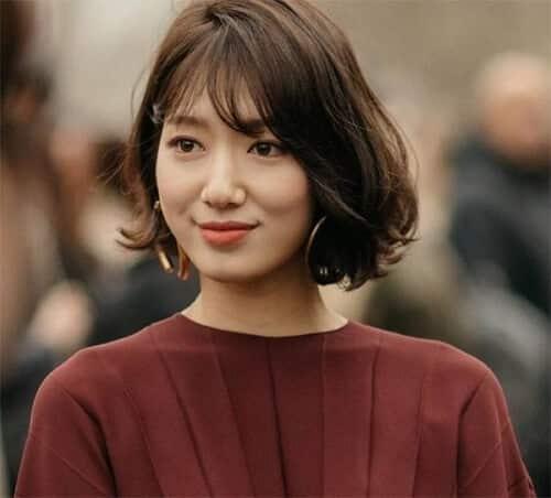 Tóc ngắn uốn Hàn Quốc cho mặt dài