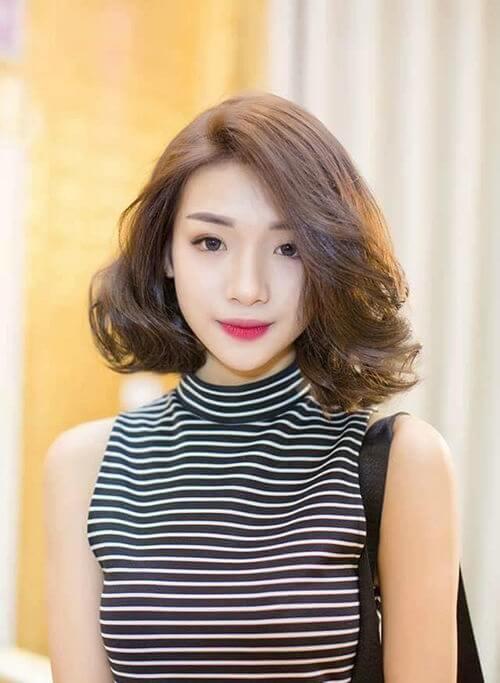 Kiểu tóc ngắn xoăn nhẹ 2021 - Ảnh 17