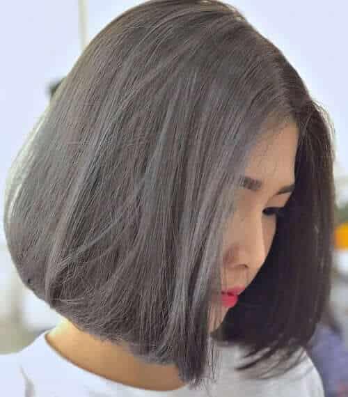 Kiểu tóc ngắn màu nâu than chì