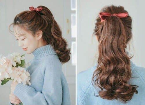 Thắt dây buộc tóc kiểu nơ