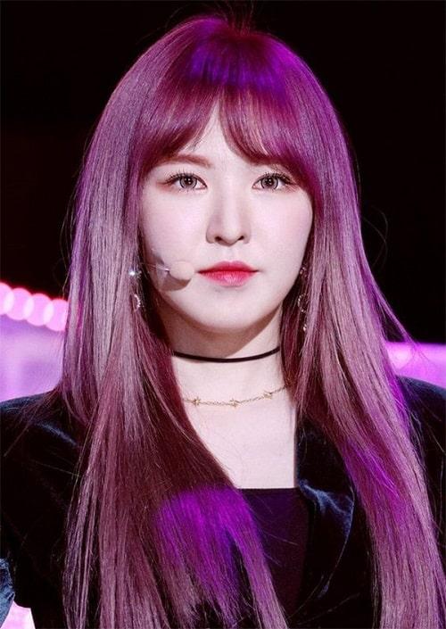 Màu tóc tím đỏ